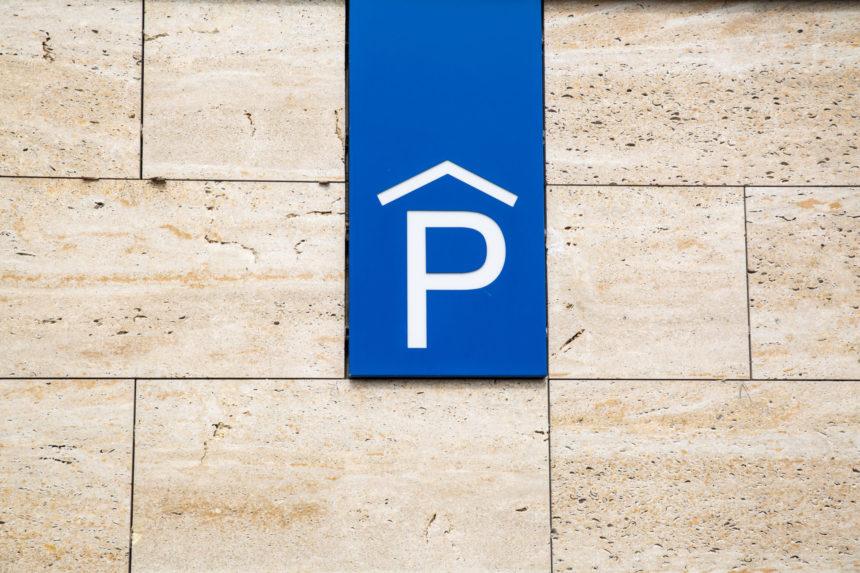 Zlepší se parkování na sídlištích?