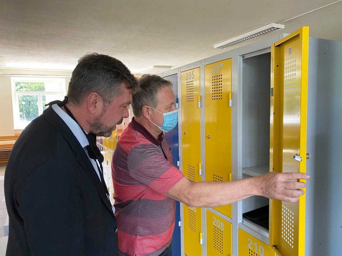 Školu bez žáků využili v Žabovřeskách k opravám