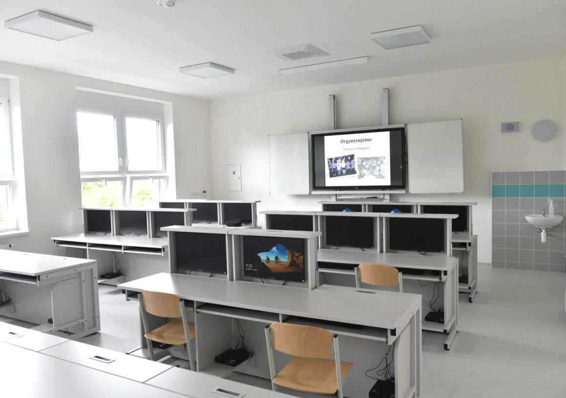 Brněnské školy mají za sebou stavební prázdniny. Město přispívá na jejich rekonstrukce stovky milionů.