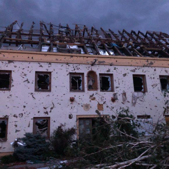SAKO Brno posílá půl milionu korun obětem přírodní katastrofy na Jižní Moravě. Nabízí lidi a úklidovou techniku
